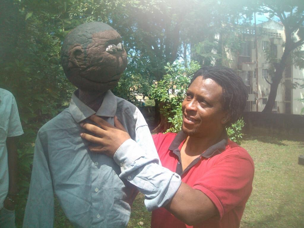 Tony Mboyo holds one of the puppets as he prepares Mombasa artists for Jukumu Letu launch