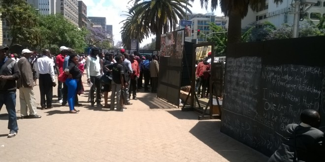 Crowds gathering at the #TeamCourage Exhibition outside the National archives in Nairobi. The exhibition is meant to showcase Kenya's heroes. [Photo: Njenga Hakeenah]